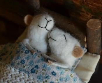 Доброе утро - приятных снов  - rgiXpE-QukU.jpg