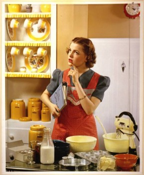 Улыбнитесь  - housewife.jpg